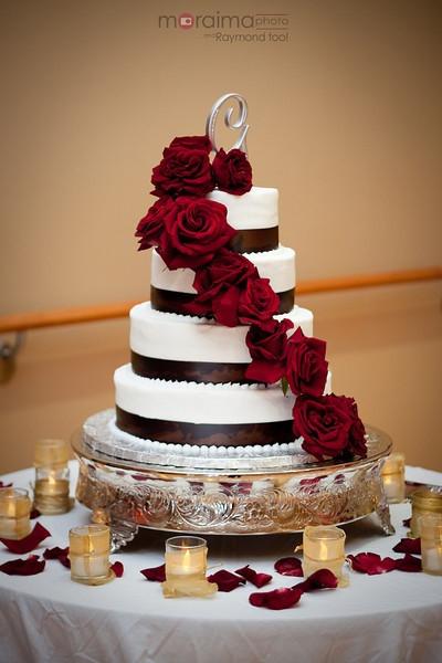 Wedding Cakes Madison Wi  51 best Wedding Reds & Charcoal images on Pinterest