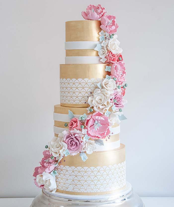 Wedding Cakes Magazine  Glistening Golden Wedding Cakes Modern Wedding