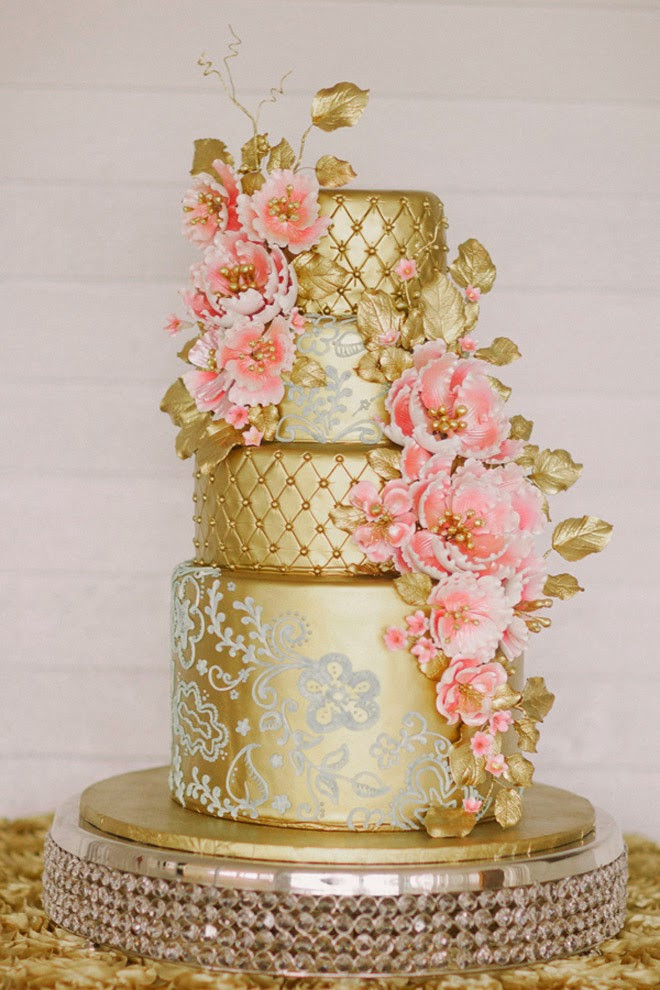 Wedding Cakes Magazine  lace wedding cakes 13 Belle The Magazine