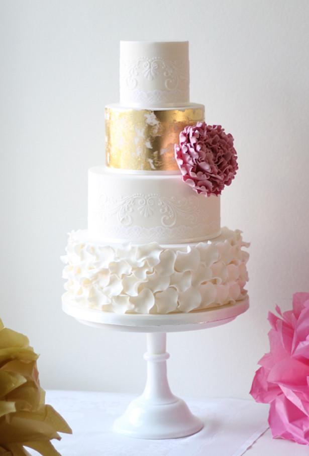 Wedding Cakes Magazine  15 Stunning Metallic Wedding Cakes Belle The Magazine