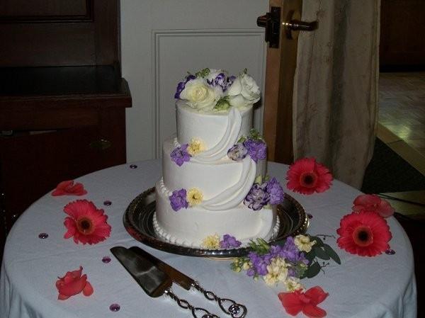 Wedding Cakes Maine  Sweet Cakes Wedding Cake Maine Portland Bangor