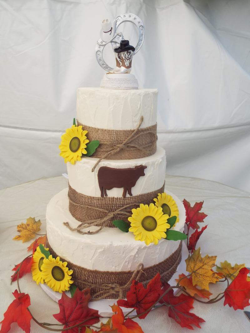 Wedding Cakes Maine  A Beautiful Wedding & Cakes Designed for you Home