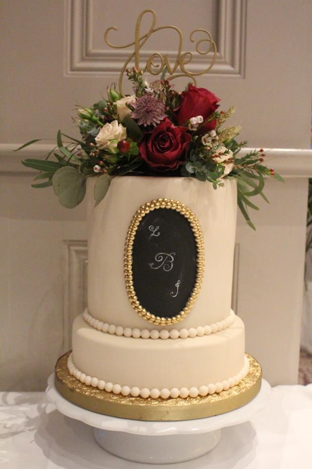 Wedding Cakes Maker  28 Incredible Wedding Cakes from Irish Cake Makers