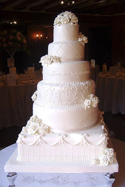 Wedding Cakes Maker  Cakes Galore Cake Makers