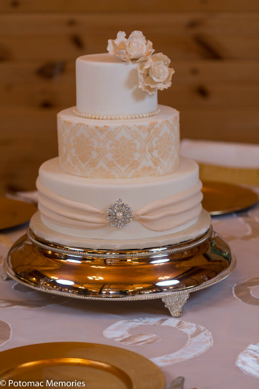 Wedding Cakes Maryland  Maryland Winery Facility Rental Linganore Wines