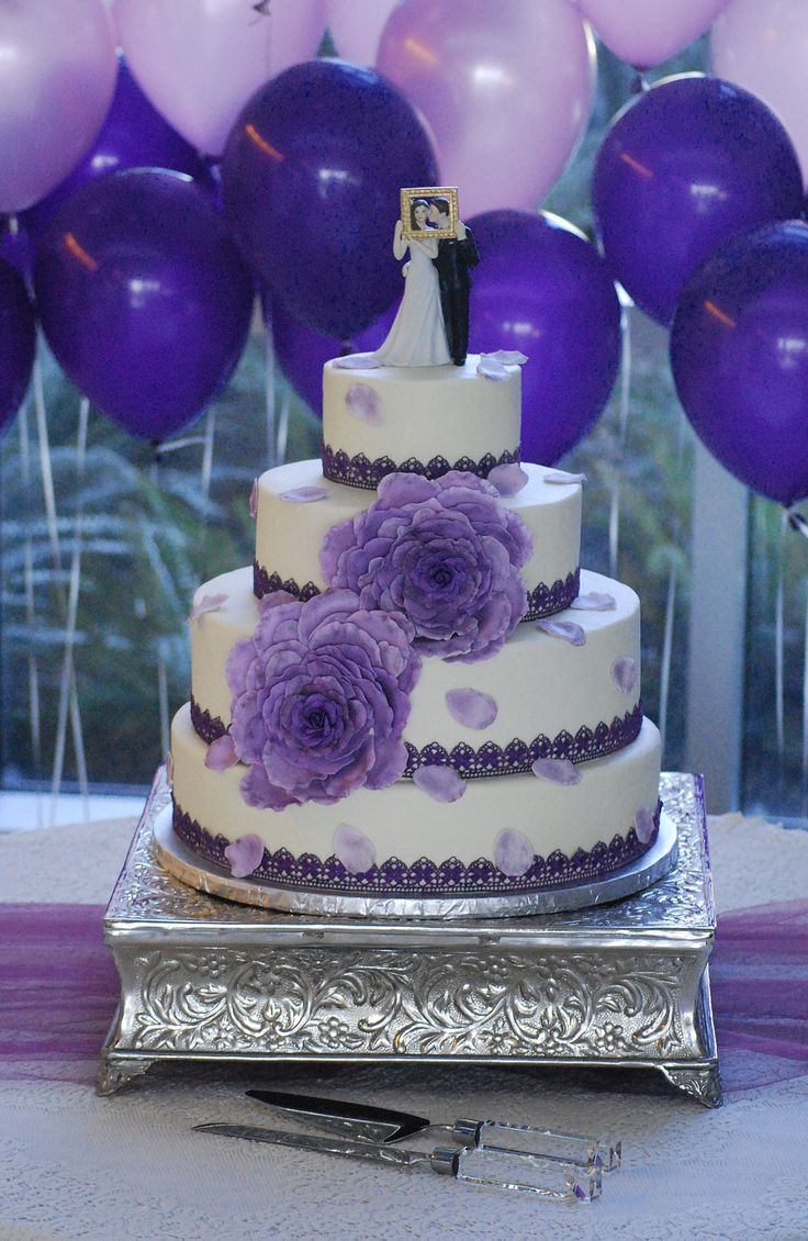 Wedding Cakes Medford Oregon  176 best Wedding and Anniversary Cakes images on Pinterest