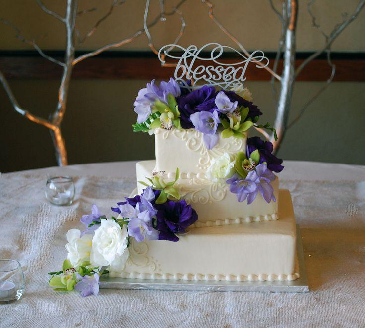Wedding Cakes Medford Oregon  177 best Wedding and Anniversary Cakes images on Pinterest
