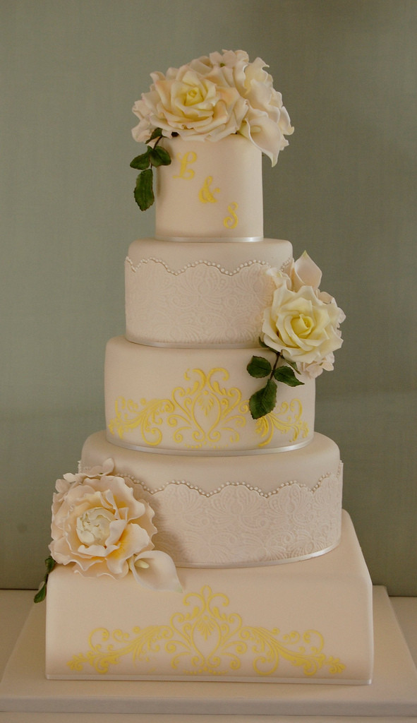 Wedding Cakes Messages  Golden Wedding Anniversary Cake