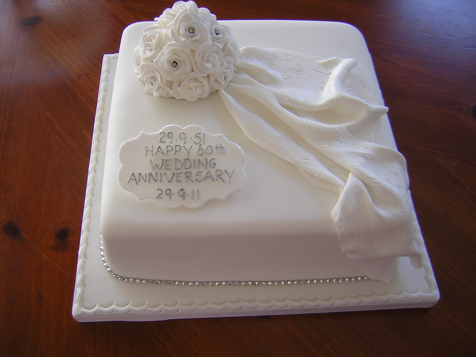 Wedding Cakes Messages  Happy anniversary Cake Beautiful HD Wallpapers Cake