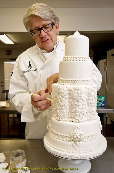 Wedding Cakes Mobile Al  Want a super fancy wedding cake Couture Cakes can make it