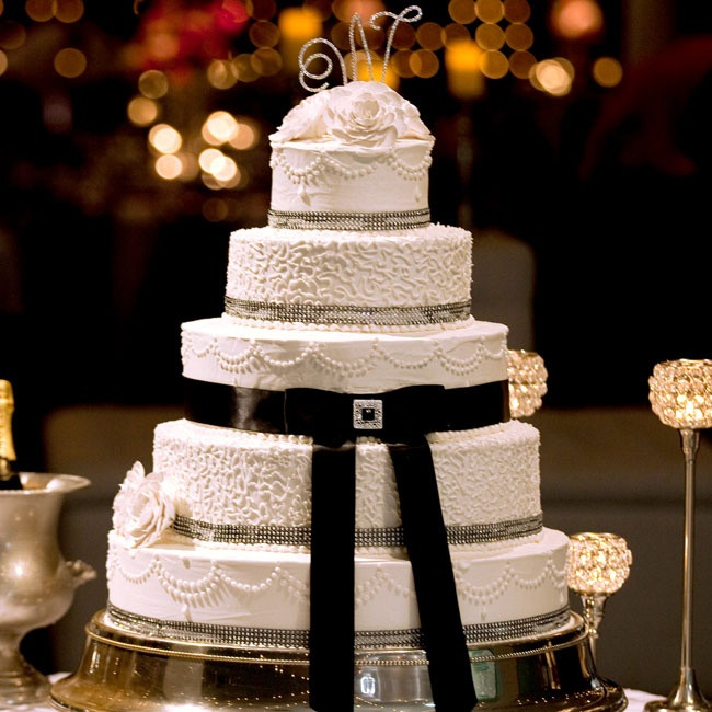 Wedding Cakes Mobile Al  The buttercream cake was five tiers and decorated with