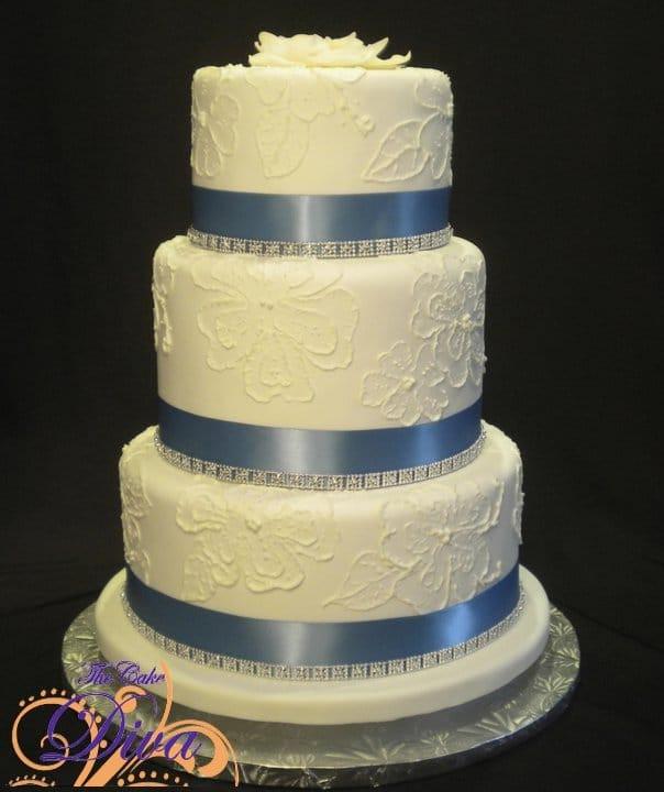 Wedding Cakes Mpls  Minneapolis wedding cakes Saint Paul MN wedding cakes