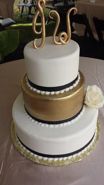 Wedding Cakes Mpls  Queen of Cakes Minneapolis MN Wedding Cake