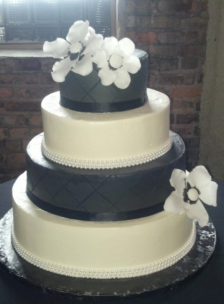 Wedding Cakes Mpls  CRAVE Catering In Minneapolis Debuts Own Wedding Cakes