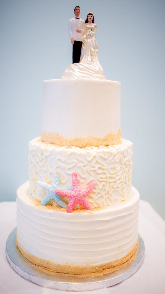 Wedding Cakes Naples Fl  Sassy Cakes 14 s & 20 Reviews Desserts 837 4th
