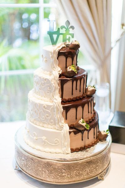 Wedding Cakes New Orleans  Opulent New Orleans Themed Wedding