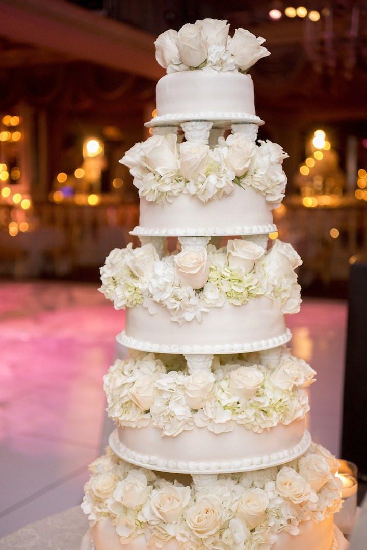 Wedding Cakes New York  Glamorous New York Wedding at The Pierre Hotel MODwedding