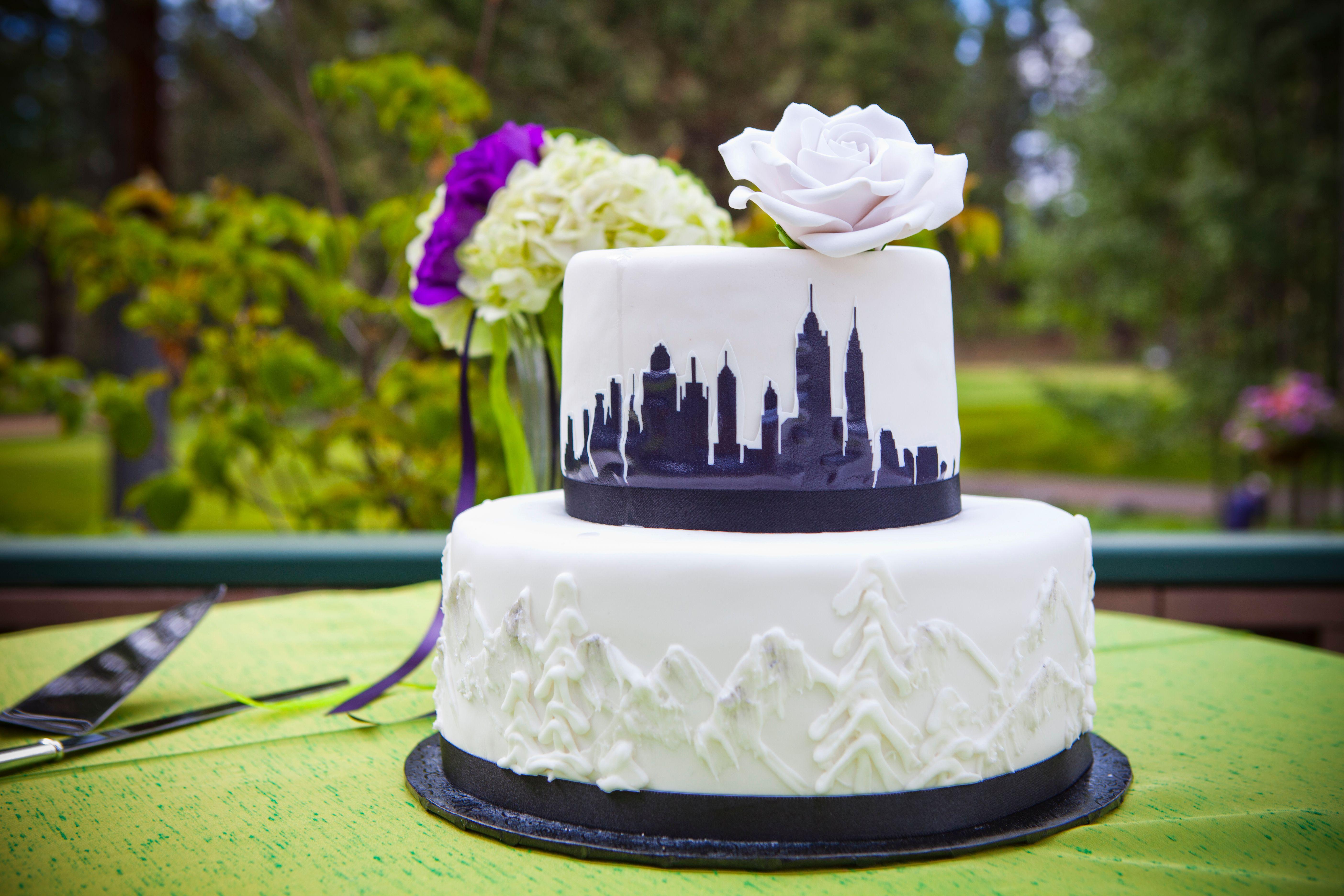 Wedding Cakes New York  New York City Inspired Wedding Cake