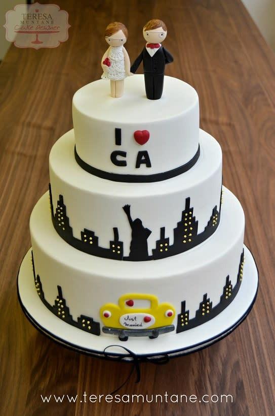 Wedding Cakes New York  Wedding Cake New York cake by Teresa Muntané CakesDecor