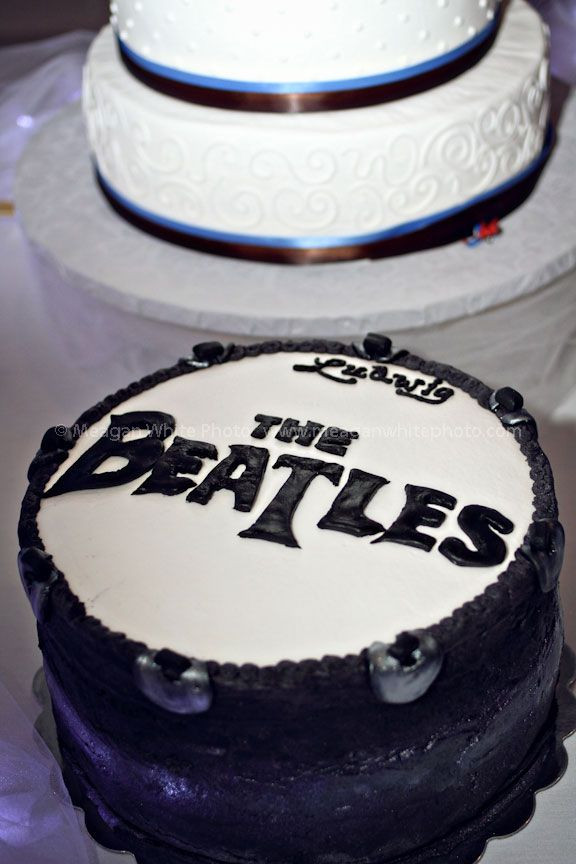 Wedding Cakes Northern Ky  164 Best images about BEATLES CAKES on Pinterest