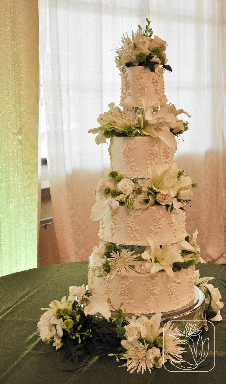 Wedding Cakes Ogden Utah  1000 images about Utah Wedding Union Station White