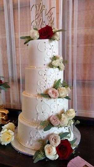 Wedding Cakes Olympia Wa  Truffles Cakery Wedding Cake Olympia WA WeddingWire