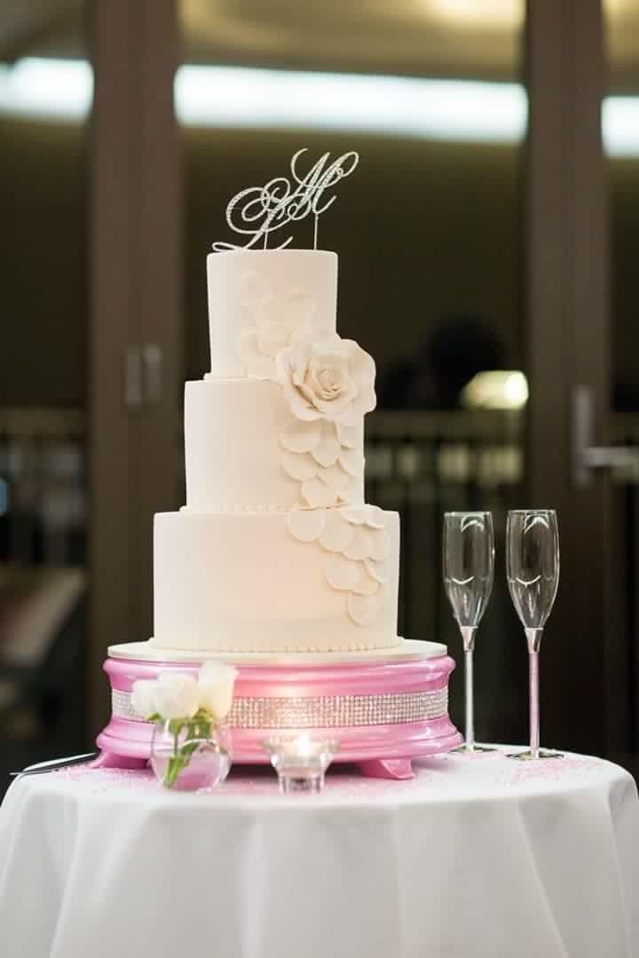 Wedding Cakes On Line  Sydney Wedding Cakes Northern Beaches Birthday Cakes