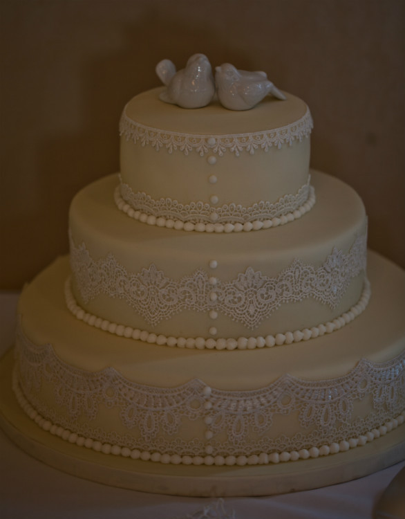 Wedding Cakes Ontario California  An Elegant Wedding with Ivory and Taupe Details in Lindsay