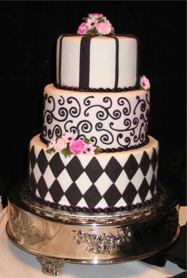 Wedding Cakes Orlando  Wedding Cakes Specialty Cakes and Groom s Cakes For