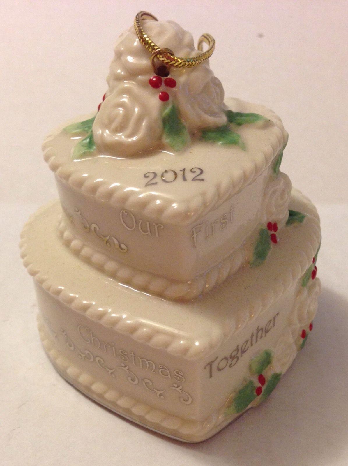 Wedding Cakes Ornaments  Wedding cake christmas ornament idea in 2017