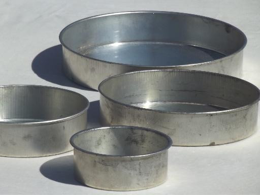 Wedding Cakes Pans  vintage wedding cake pans in original box round tier