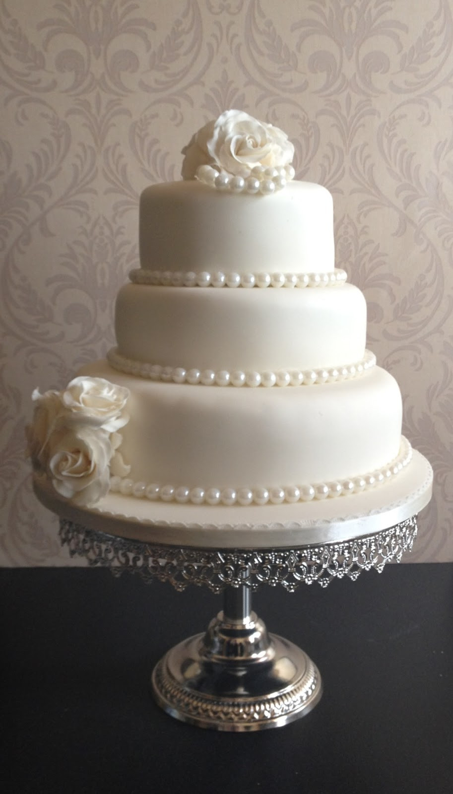 Wedding Cakes Pearls  Carina s Cakes ROSES AND PEARLS WEDDING CAKE