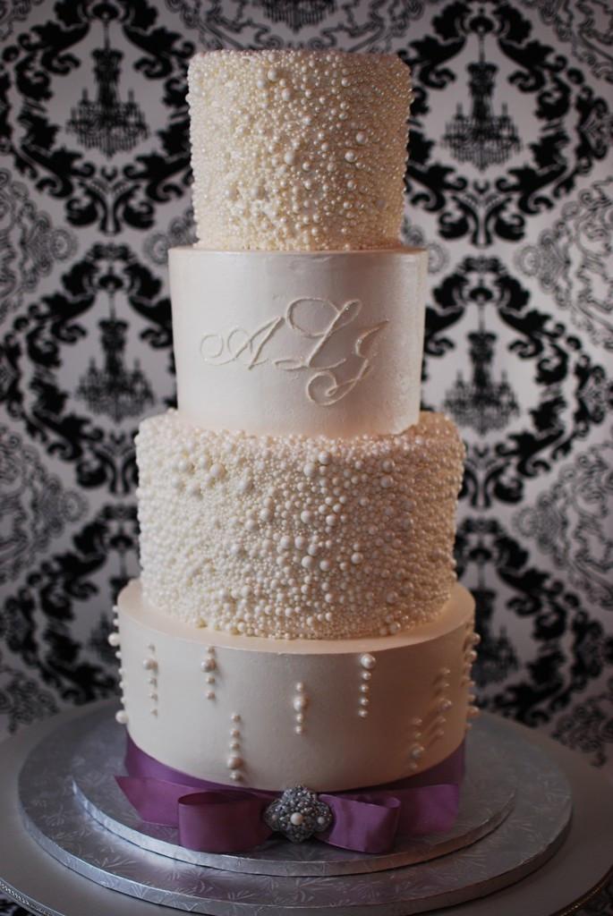 Wedding Cakes Pearls  pearl wedding cakes