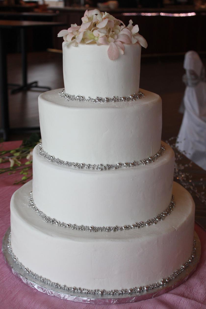 Wedding Cakes Pearls  Silver Pearls Wedding Cake