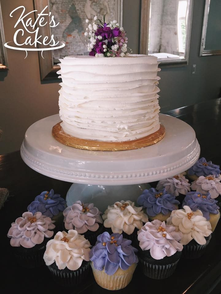 Wedding Cakes Pensacola  Pensacola Wedding Cakes Simple Ruffle Wedding Cutting Cake