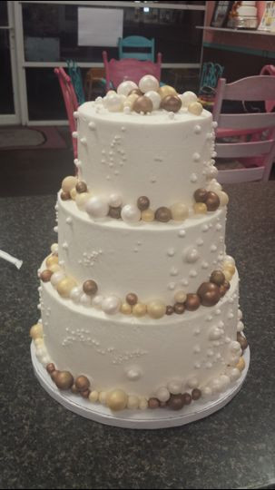 Wedding Cakes Pensacola  Oh Snap Cupcakes Wedding Cake Pensacola FL WeddingWire