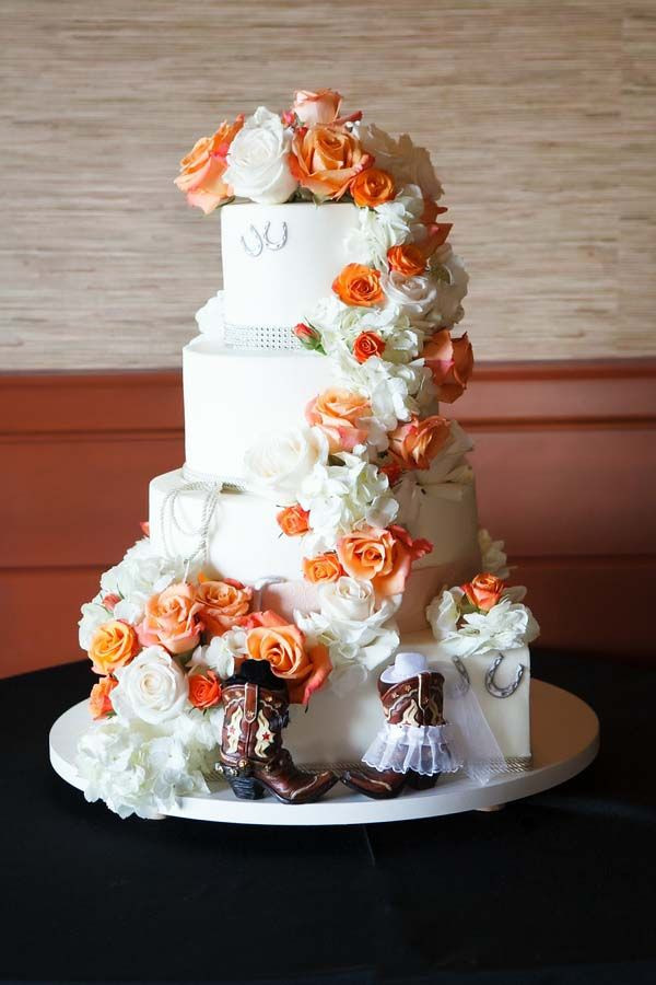 Wedding Cakes Peoria Il  25 best ideas about Cowboy Wedding Cakes on Pinterest