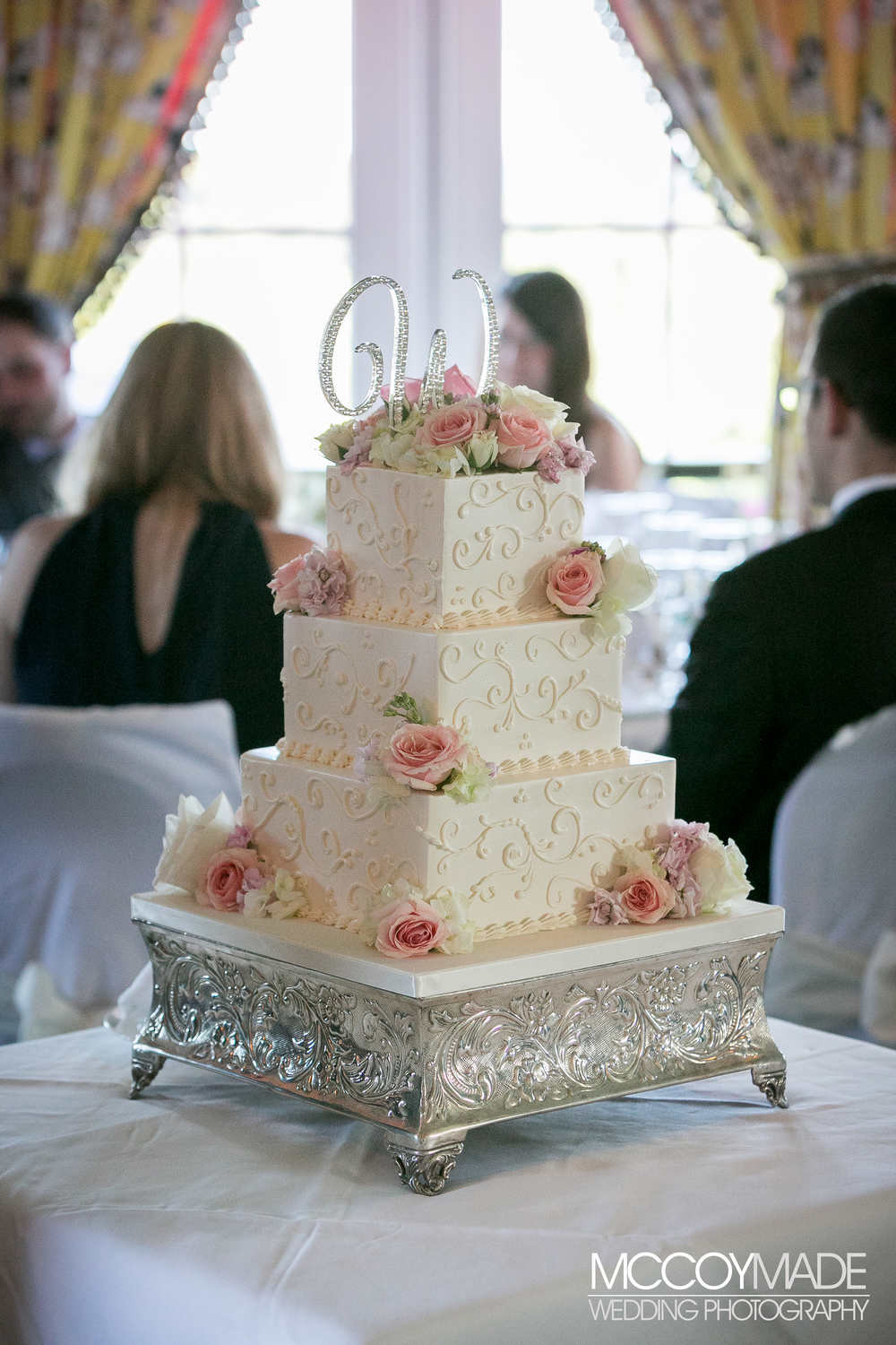 Wedding Cakes Photo Gallery  Wedding Cakes Gallery America s True Grand Hotel