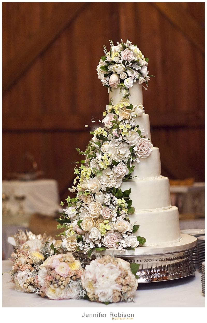 Wedding Cakes Photography  Amazing Wedding Cakes Jennifer Robison graphy