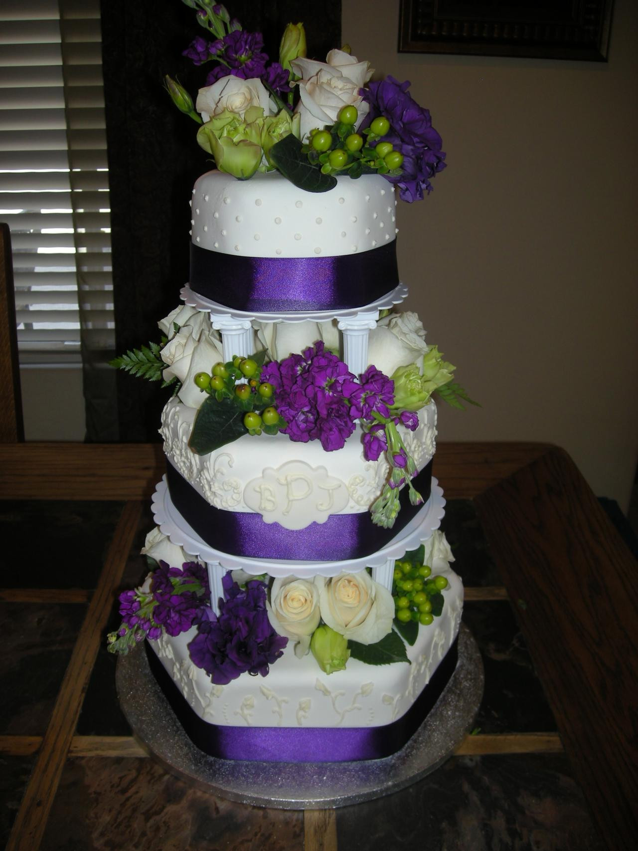 Wedding Cakes Picture Gallery  My Goodness Cakes Wedding Cake Gallery 3