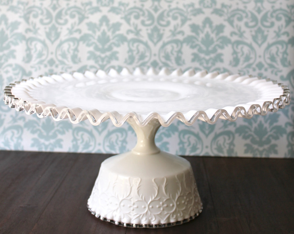 Wedding Cakes Plates  16 inch Wedding Cake Stand Wedding and Bridal Inspiration