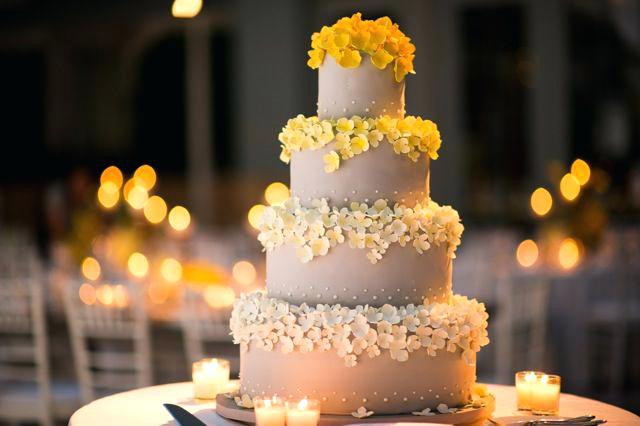 Wedding Cakes Prices Chicago  Wedding Cakes Chicago Prices Il Average Cake Cost Summer