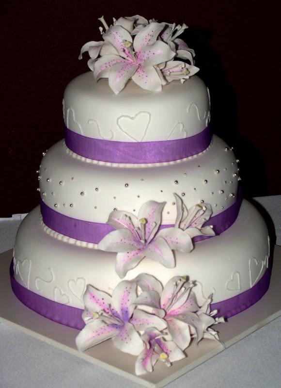 Wedding Cakes Purple Flowers  Purple Wedding Cakes For Your Wedding Parties