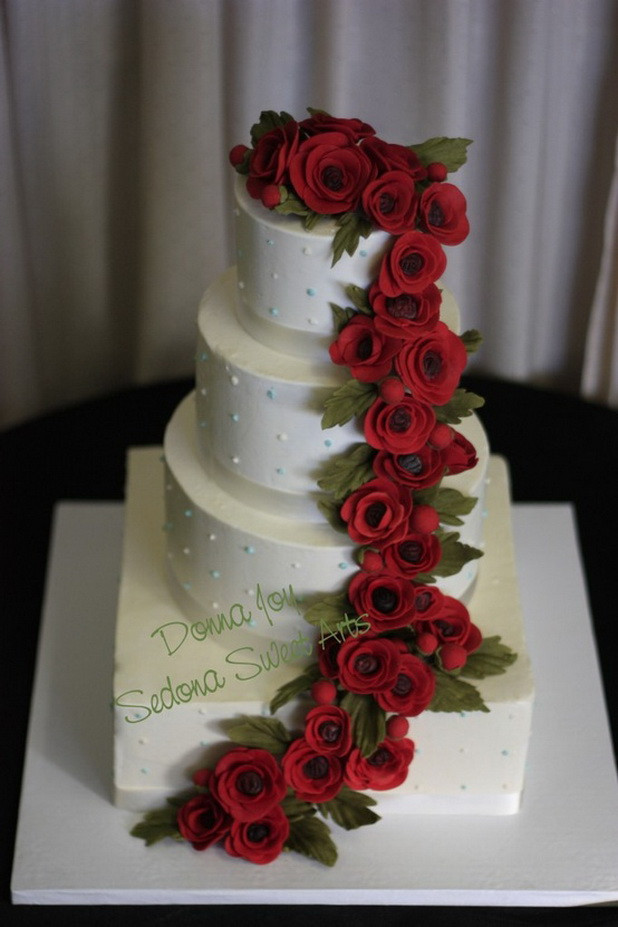 Wedding Cakes Red  Red & White Wedding Cakes
