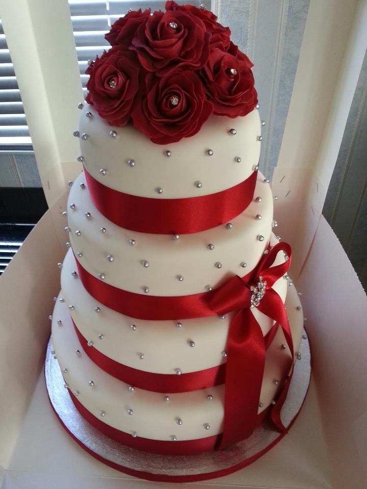 Wedding Cakes Red Roses  Wedding Cake la torta nuziale con stile