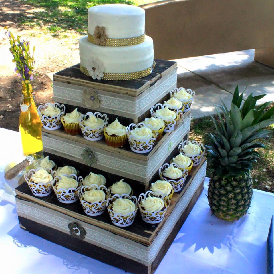 Wedding Cakes Redding Ca  Sally's Cakes & Cookies Creation