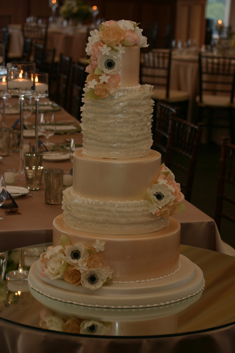 Wedding Cakes Rhode Island  Confectionery Designs Reviews & Ratings Wedding Cake