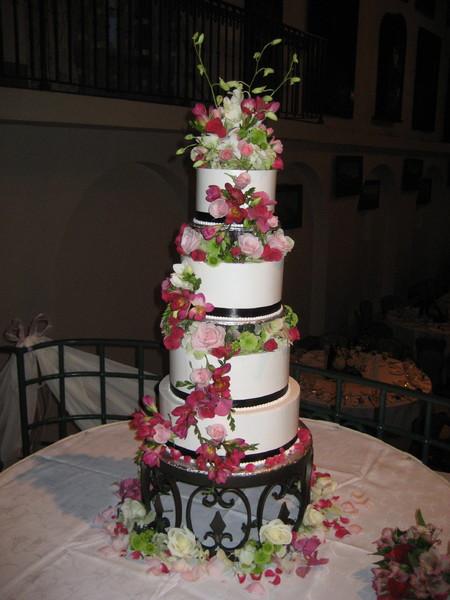 Wedding Cakes Riverside Ca  The Bakers Oven Riverside CA Wedding Cake