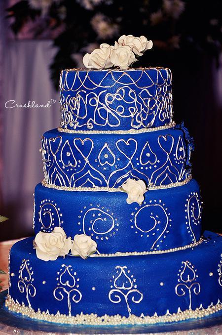 Wedding Cakes Royal Blue  The Royal Blue & Silver Wedding Cake Paperblog