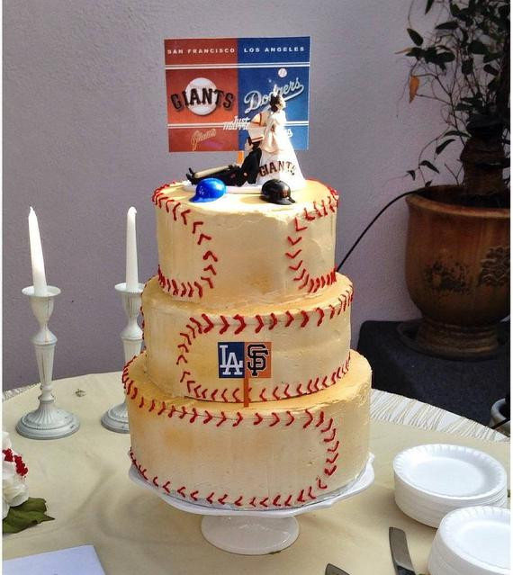 Wedding Cakes San Francisco  Baseball San Francisco Giants and LA Dodgers House Divided Fun